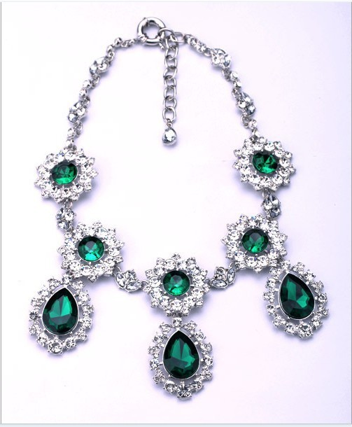 2013 Brand fashion accessories retail alloy jewel Ladies' green gem necklace bride jewelry manufacturer Free Shipping(China (Mainland))