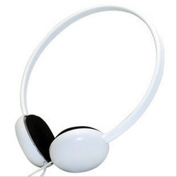 The manufacturers The new authentic card headphone mp3 mp4 computer headset headset to send independent wheat(China (Mainland))
