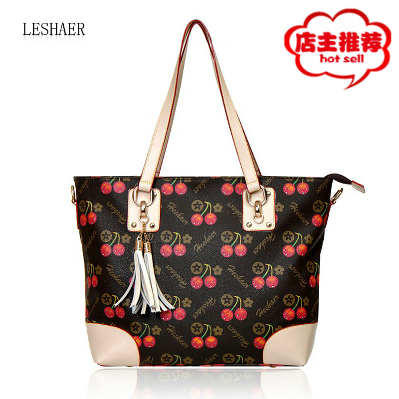 Spring and summer women&#39;s handbag cherry sweet gentlewomen casual bags large vintage tassel handbag messenger bag(China (Mainland))