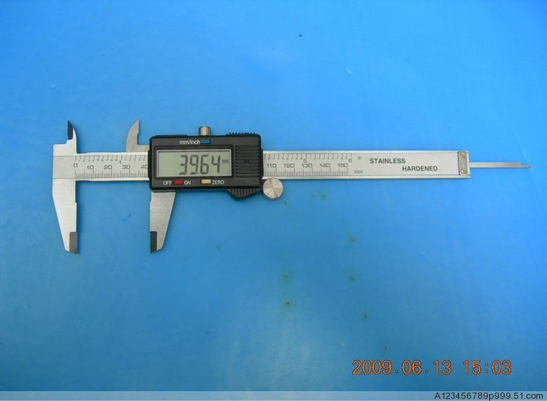 free shipping high quality 150 mm caliper 0.01mm Micrometer Guage electronic Digital Caliper Vernier(China (Mainland))