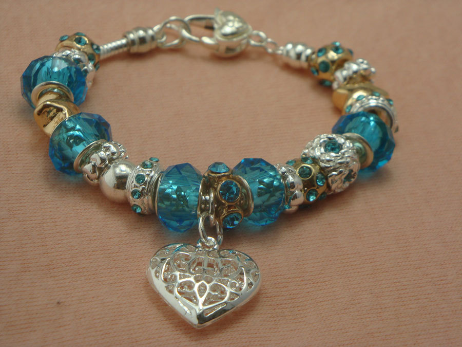 P18 2013 NEW Free ship,Handmake 925 silver Blue galss Bead bracelet for woman silver 925 Heart charm chamilia bracelet(China (Mainland))
