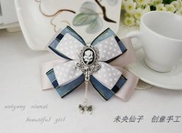 Queen vintage royal fashion simple and elegant motif bow hair accessory brooch