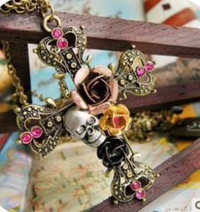 B1019 fashion vintage necklace vintage skull cross necklace female small accessories(China (Mainland))