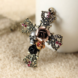 E0745 fashion popular rose skull vintage diamond cross necklace 22g(China (Mainland))