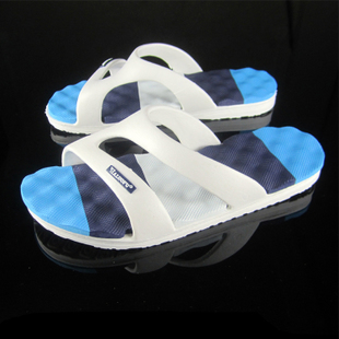 Summer drag slippers lovers male Women sandals slip-resistant massage the bottom at home bathroom slippers(China (Mainland))