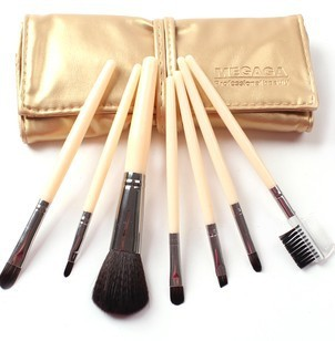 7 PCS of brushes /LOT 10 sets EMS New Competitive price Makeup Cosmetic Brushes set Kit Case Bag ,(China (Mainland))