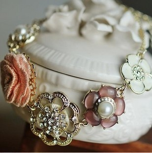 Bracelet popular exquisite pearl rose fairy gem flower bracelet s74(China (Mainland))