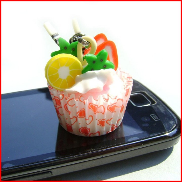 Free Shipping Factory Outlet 4*3.2 CM Simulation Sweet Cake Cell Phone Strap Mobile Phone Chain Handbag Key Chain(China (Mainland))