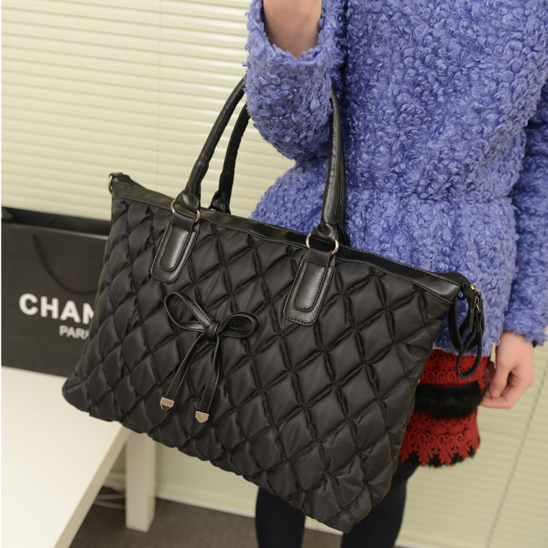 Bags 2013 women's handbag new arrival vintage bow plaid embroidery pleated bubble handbag messenger bag(China (Mainland))