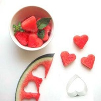 free shipping Heart cookies mould rice balls heart aluminum pineapple cake diy baking tools fruit(100a)