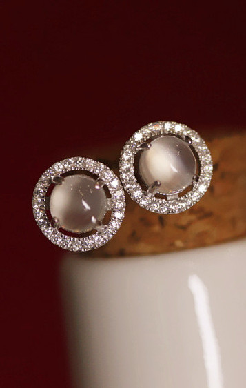 Free shipping 925 pure silver zircon jewelry moonstone earring stud elegant fashion all-match accessories new arrival 2013(China (Mainland))