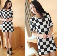 6240 Korea Slim checkerboard dress black and white plaid short-sleeved package hip skirt 2013 spring and summer new women