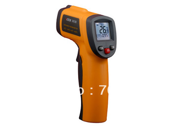 Infrared thermometer IR thermometer a non-contact and adjustable emissive collimator with laser, LCD display, and auto power off