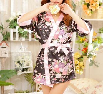 Wholesale Japanese Sakura Kimono Women Batch Robes Female Sleepwear Tempation Night Gown Dress Nightwear Robe Ladies Lingerie