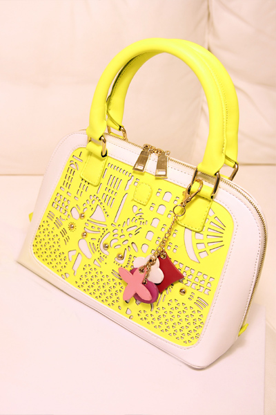 NEW ARRIVAL EXCELLENT QUALITY Ladies fashion retro flower embroidery Bag Messenger Shoulder Bag 100%Hot sell FREE SHIPPING(China (Mainland))