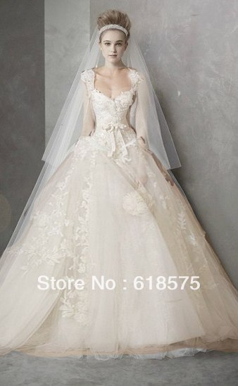 Classic Vintage Sweetheart Cap Sleeve Lace appliques A Line Floor Length Wedding Gown(China (Mainland))