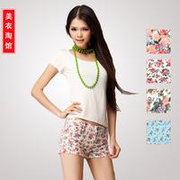 Hot Sale!Free Shipping, 2013 Summer short jeans, Fashion Vintage Flower Printing Denim Skinny Pencil Women Jeans female