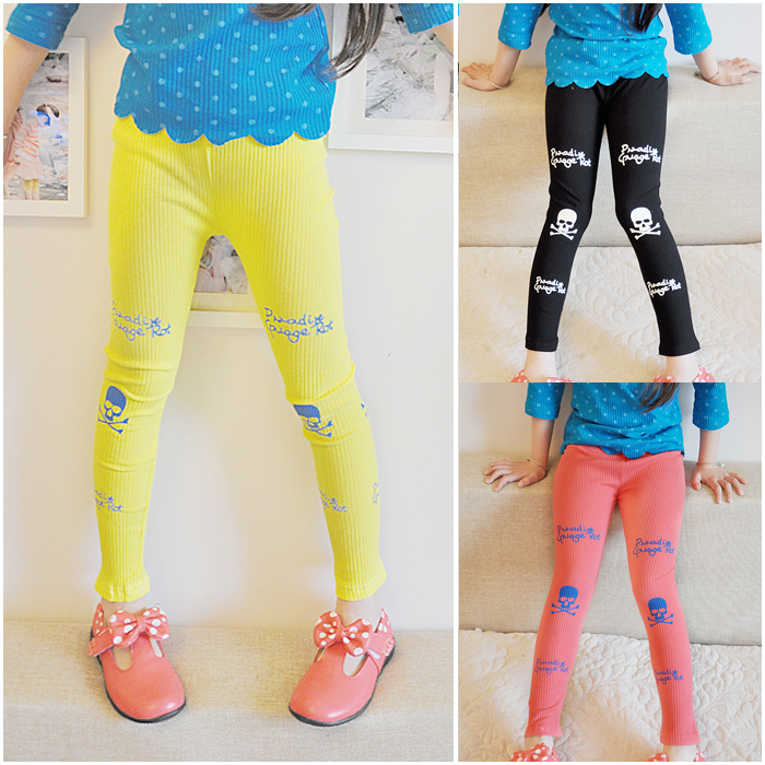 Small child 90 - 130 female child trousers female child legging yellow pink black female child skull pants(China (Mainland))