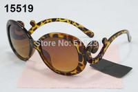 free shipping  NEW fashion Hot sales Designer Sports Sunglass fashion sunglasses women Brand sunglasses color
