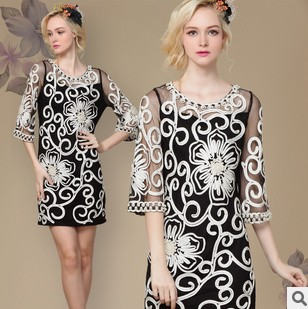 2013 new womens elegance beautiful beaded gauze disk flowers Slim Dress o-neck half sleeve silk lace dresses free shipping