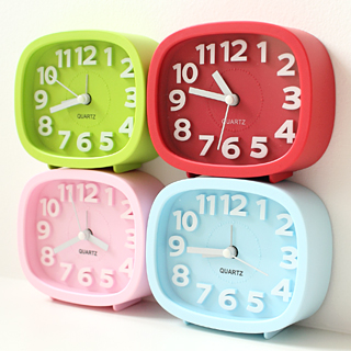 Brief candy color stereo digital desktop clock small square dawdler alarm clock 35761(China (Mainland))