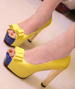 Summer new arrival 2013 high heel open toe bow women's shoes candy white yellow cute platform sandals A106-3 fashon design pumps(China (Mainland))