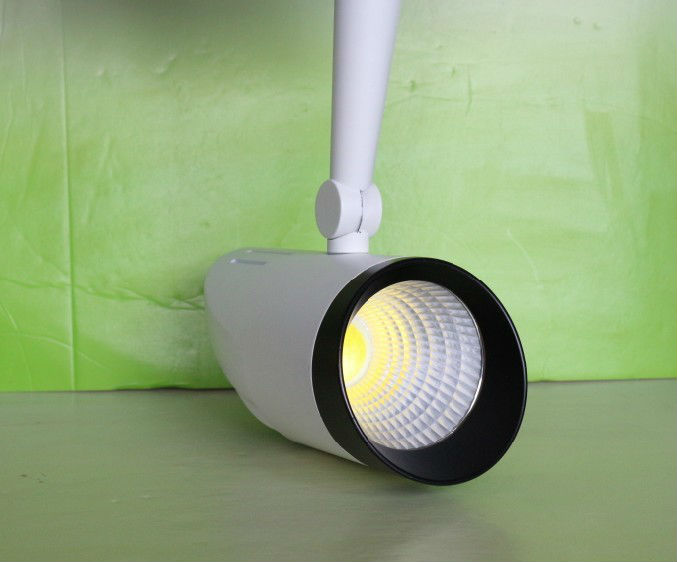 Epistar cob led track light 20watt 3wires/3-PHASE 4wires warm white/netural white NEW(China (Mainland))