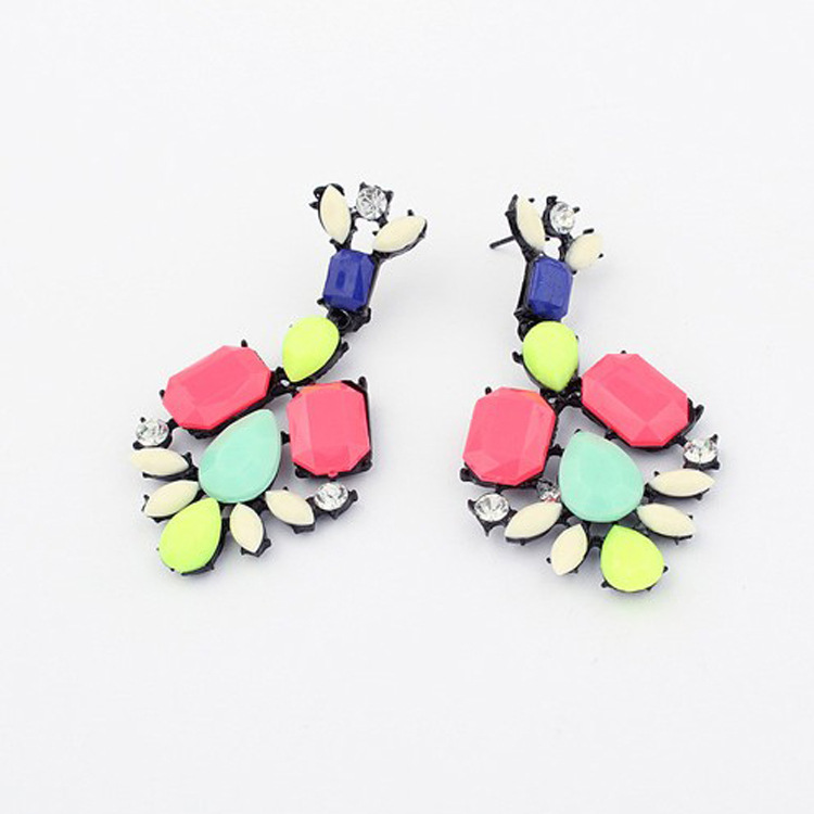 E033 Korean Korean earrings European and American fashion jewelry family name wind hit the color stones street shooting earrings(China (Mainland))