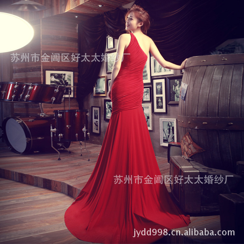 The new European and American style shoulder burgundy paragraph aristocratic palace diamond mermaid dress bride wedding toast(China (Mainland))