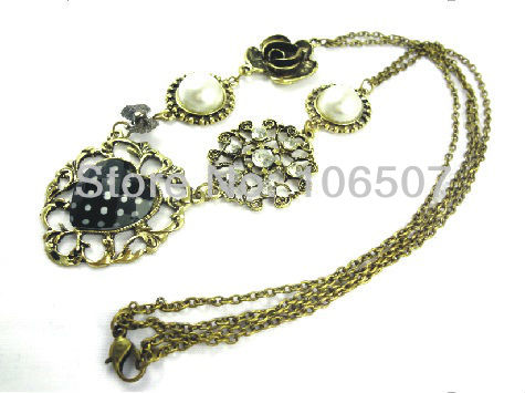 free shipping 10pcs romantic beautiful rose flower heart pearl necklace ladies choker necklace sweater chain new arrival(China (Mainland))
