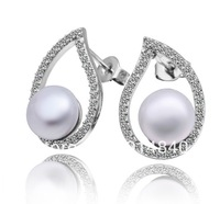 Wholesale-10pairs   Outside surface is covered with silver inlaid Austrian crystal pearl pendant earrings    New  arrive