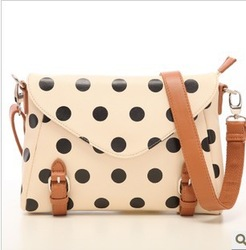 Free shipping 2013 new Korean Institute of retro storm dot dot female bag Messenger packet envelope bags H1161(China (Mainland))
