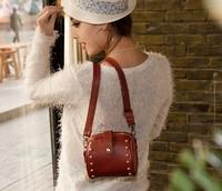 2013 new female bag Shoulder Messenger packet Korean wild rivet free delivery B027