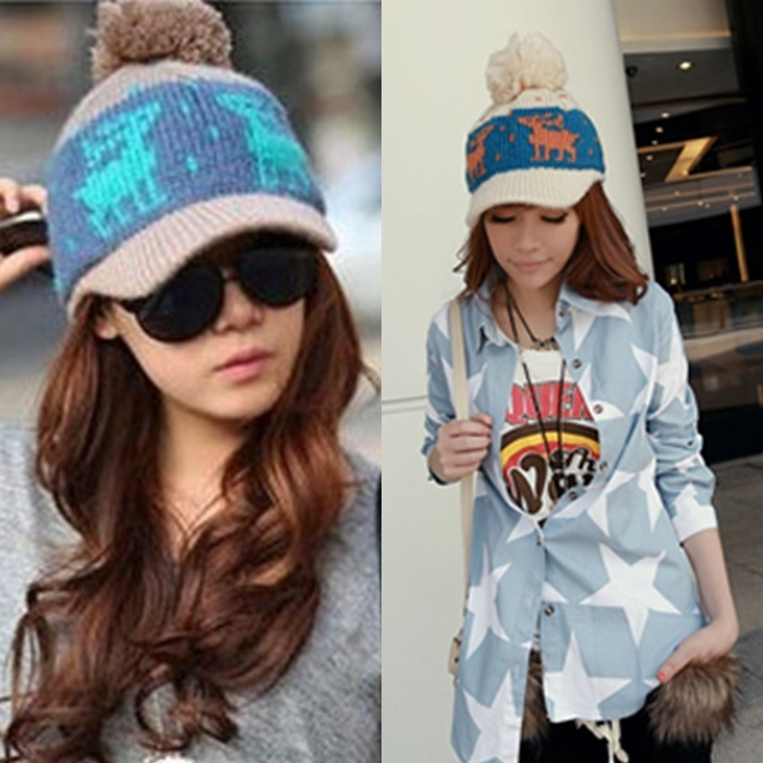 Hat autumn and winter female onta big hair balls knitted yarn winter baseball cap casual cap(China (Mainland))