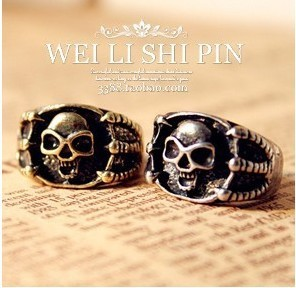Min Order $10(Mix Order)Free Shipping!Europe and the United States foreign trade fashion retro skeleton claw ring(China (Mainland))