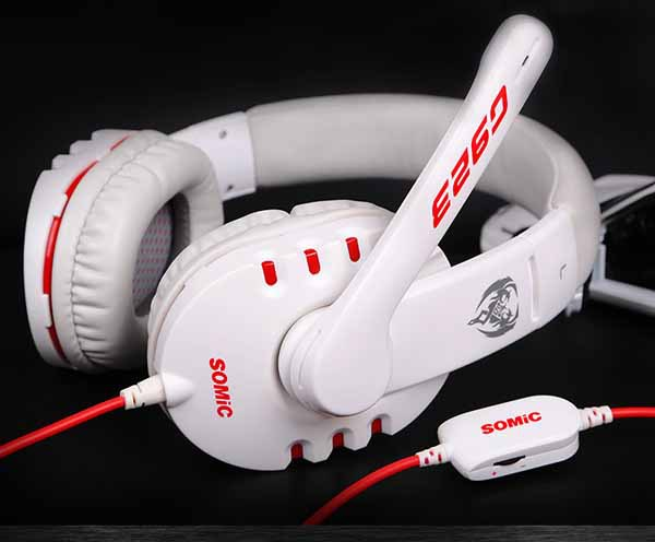 New Great Super Bass Stereo PC Gaming Headphones Headset With Mic G923 Free shipping &wholesale(China (Mainland))