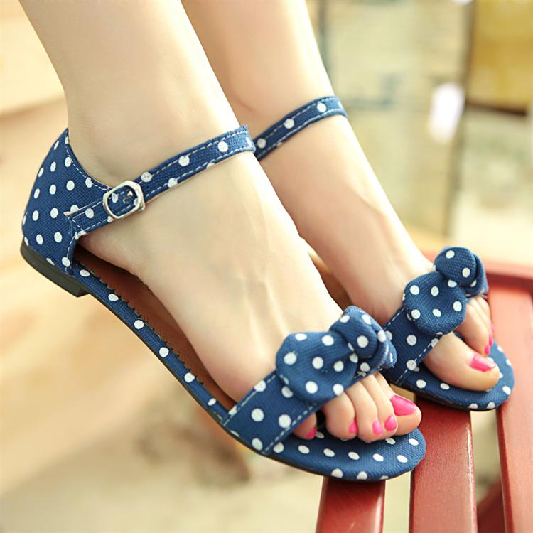 Flat heel sandals female open toe bow dot transpierce package with button sweet shoes plus size women's shoes(China (Mainland))