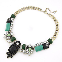 Fashion accessories luxurious exquisite green showy gem necklace short design female chain vintage necklace female