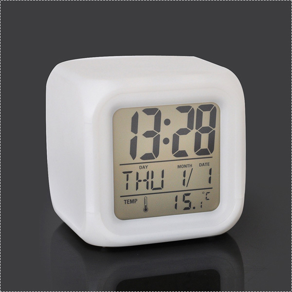 Led changable digital led screen alarm desk clock with bright nightlight and backlight(China (Mainland))