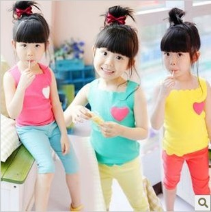 2013 scalloped candy color love applique t-shirt basic shirt vest(China (Mainland))
