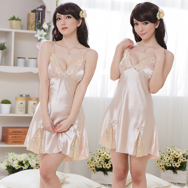 Free shipping Peach blossom sexy sleepwear champagne color faux silk nightgown sexy(China (Mainland))