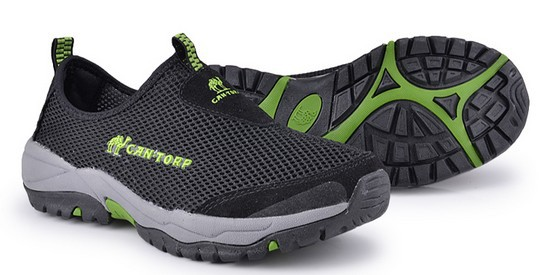 Fabric is breathable mountaineering outdoor shoes daily leisure shoes on sale(China (Mainland))