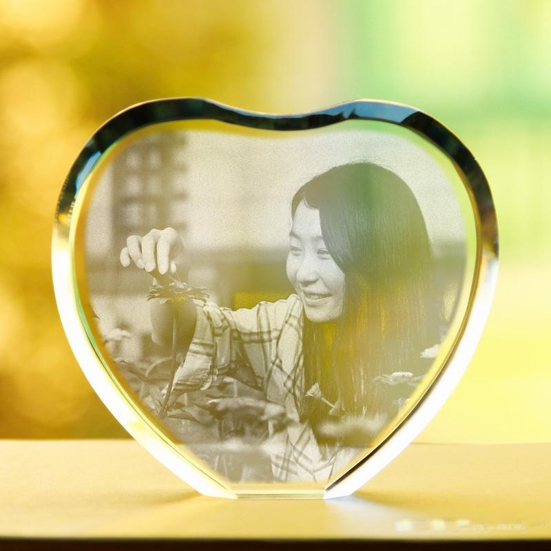 3D Crystal Laser Engraving Crystal Heart Frame Custom Photo Birthday Christmas gift ideas(China (Mainland))