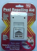 Electronic pest repelling aid repeller mousers riddex plus