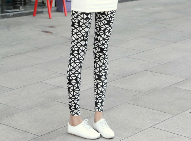 2013 new fashion white and black candy cute pants women leggings tights pants FREE SHIPPING(China (Mainland))