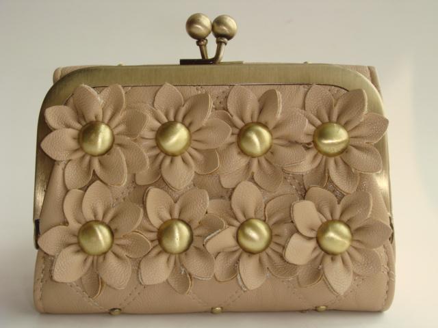 River island beige 3d flower daisy wallet coin purse 110610(China (Mainland))