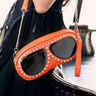 2013 Summer months street casual Cartoons glasses handbag