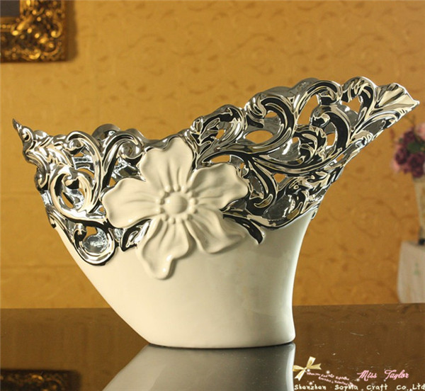 2013 promotion! ceramics craft perforations white porcelain china vase romantic style home office area decoration free shipping(China (Mainland))