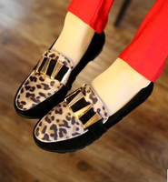 Spring and autumn leopard print flat-bottomed single shoes female fashion rivet Moccasins flats