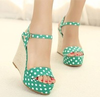 2013 beautiful princess high-heeled shoes wedges platform sandals